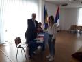Dobitnica prve novcane nagrade takmicenja Najbolji bankar 2018